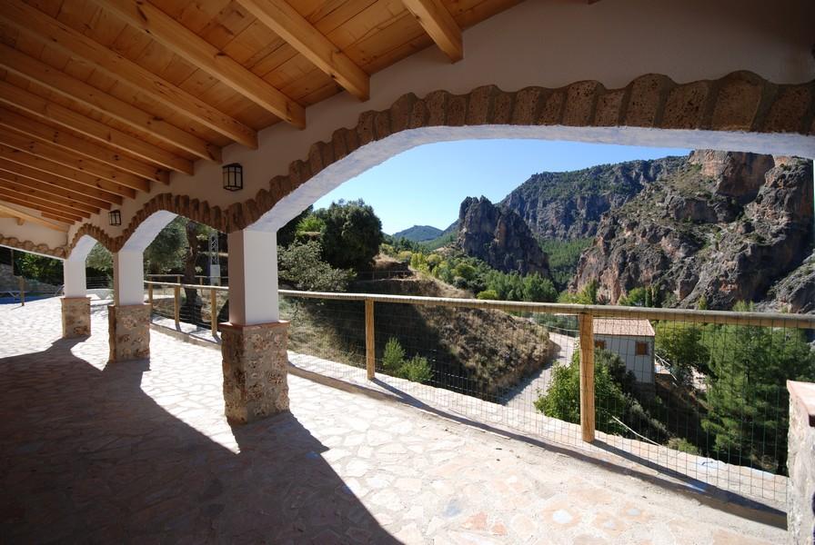 Casas rurales en yeste albacete con piscina los cedros 13 hospeder a r o zumeta hotel en cazorla - Casas de citas en albacete ...