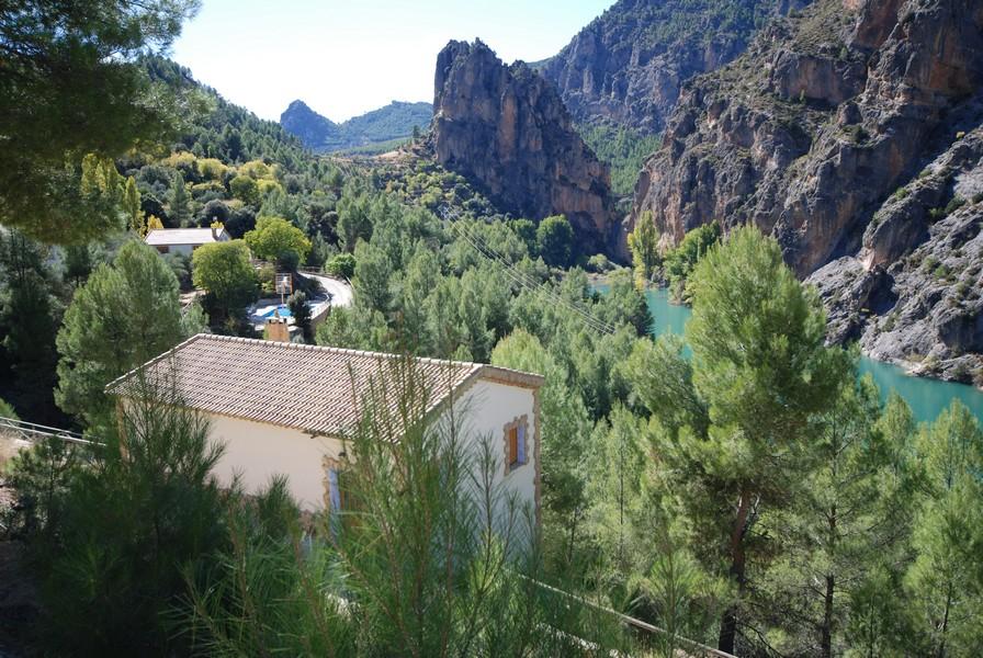 Casas rurales en yeste albacete con piscina los endrinos 23 hospeder a r o zumeta hotel en cazorla - Casa rural yeste ...