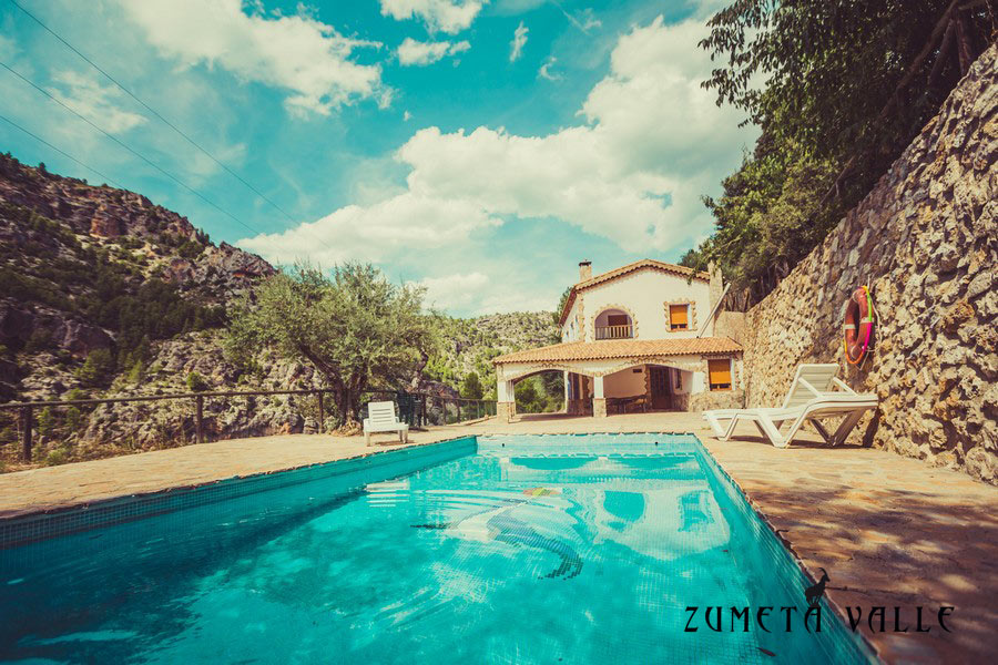 Casas rurales en yeste albacete con piscina 24 hospeder a r o zumeta hotel en cazorla - Casa rural yeste ...